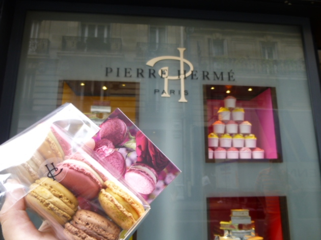Macarons at Pierre Hermé | kitchenoperas.com