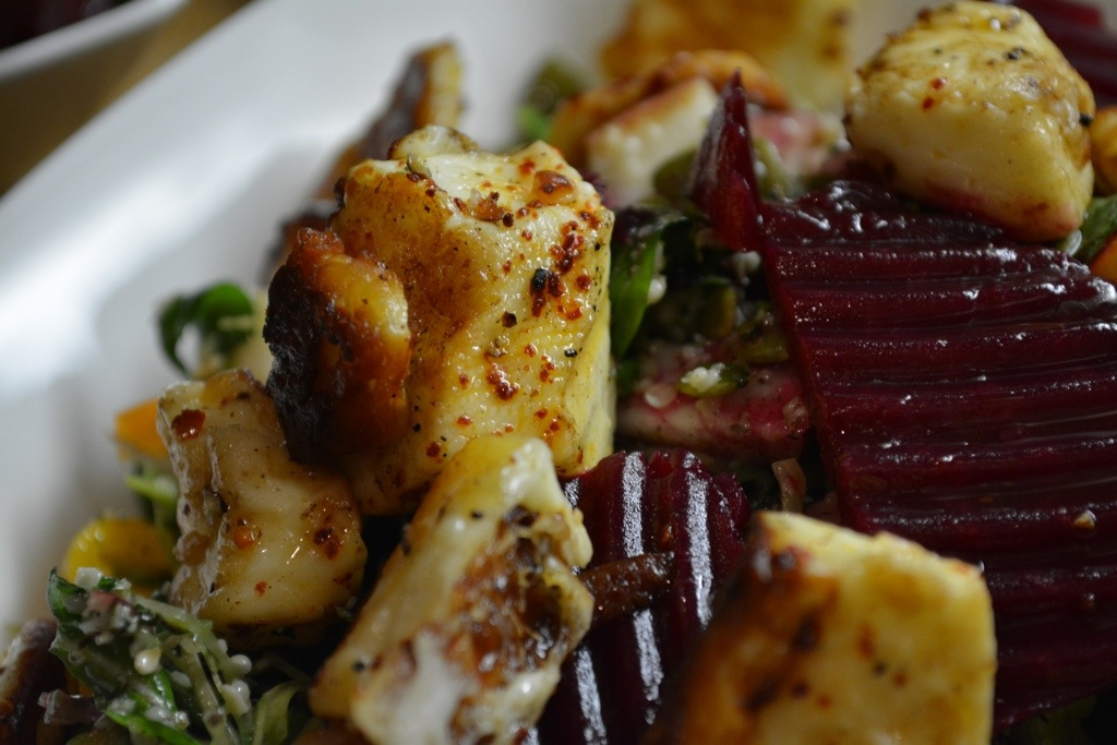 Halloumi, Pickled Beet & Arugula Salad | kitchenoperas.com