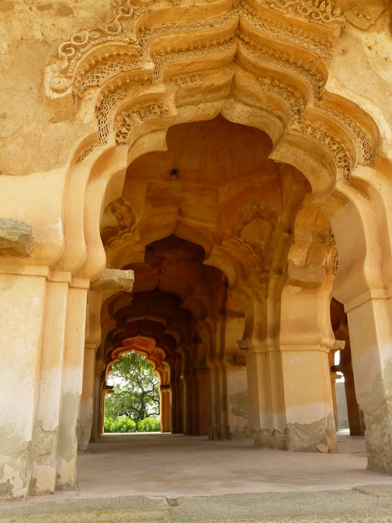 Archways of the Lotus Mahal (Hampi, India) | kitchenoperas.com