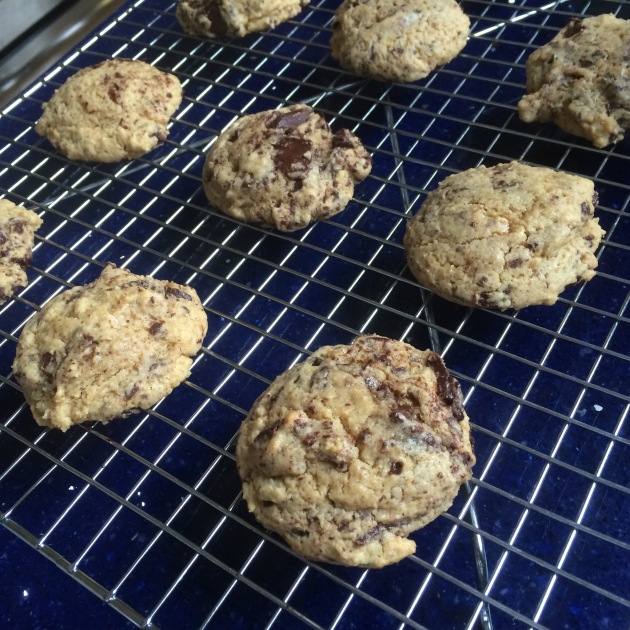 Gluten-Free Chocolate Chunk Cookies | kitchenoperas.com