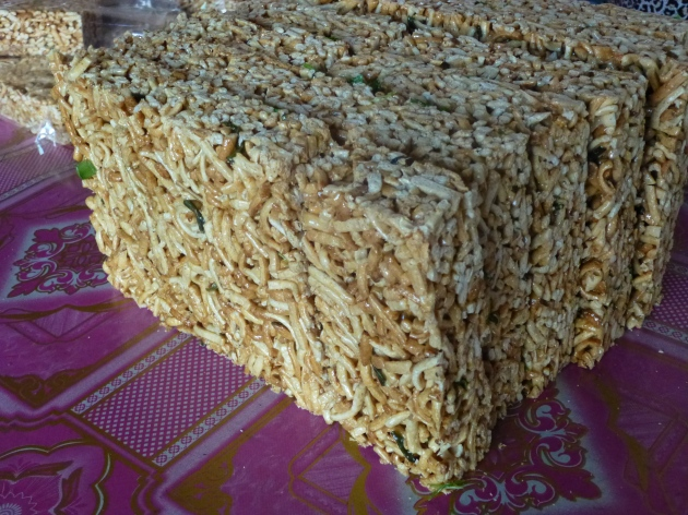 Rice Noodle Snacks - Vietnam | kitchenoperas.com